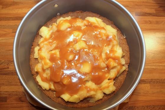 Karamell-Apfel-Cheesecake_b4396_bearbeitet-1