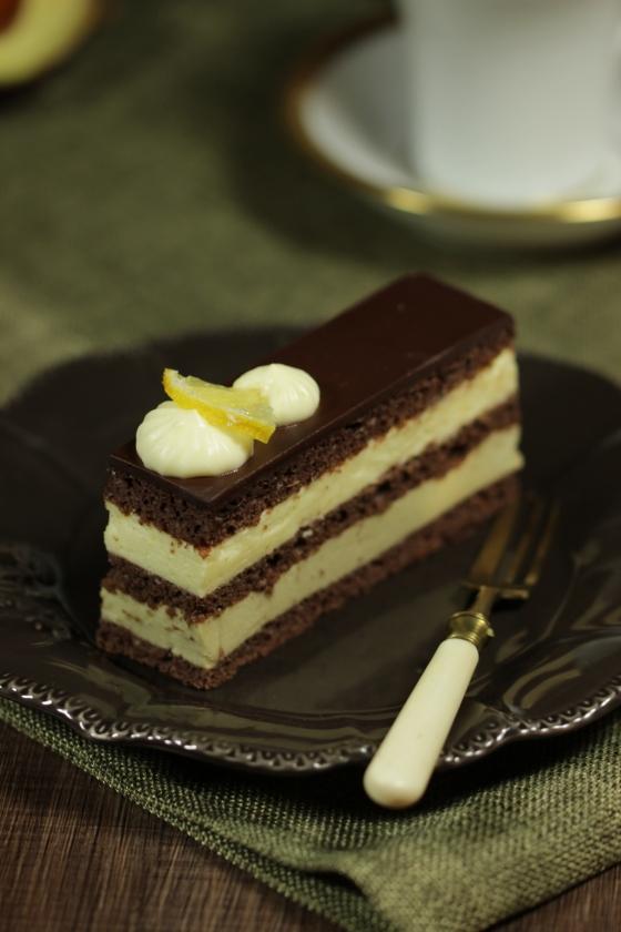 Schokoladenschnitten mit Zitrone und Avocado_0100