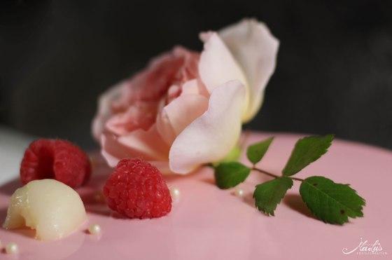 Himbeer-Lychee-Rosen Torte %22Ispahan%22 13