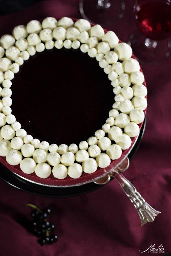 Johannisbeer-Mascarpone Torte 4