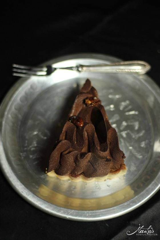 schokoladen-vanilletarte-mit-karamellisierten-pekannu%cc%88ssen-10