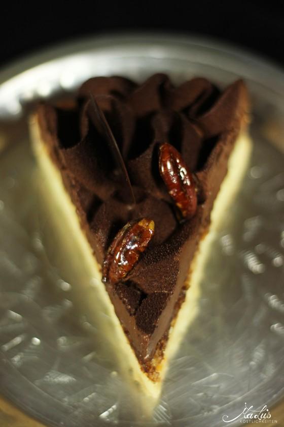 schokoladen-vanilletarte-mit-karamellisierten-pekannu%cc%88ssen-8