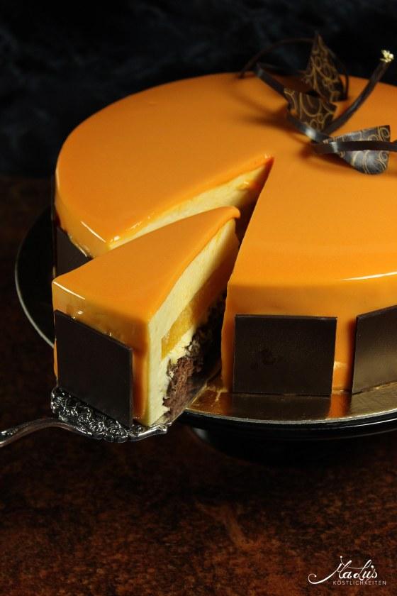 Orangentorte mit Schokoladenknusperboden