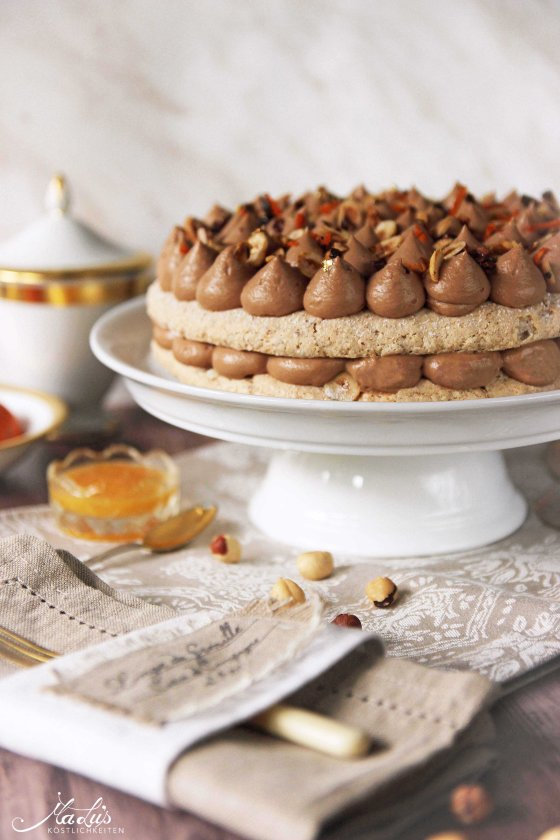 Nuss-Nougat Torte mit Orange