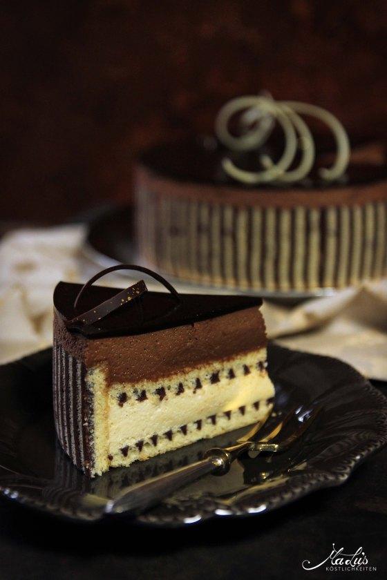 Beschwipste Schokoladentorte mit Dekorbiskuit