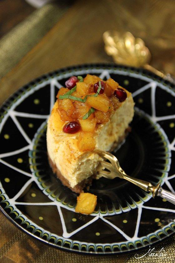 Passionsfrucht Cheesecake Törtchen mit Gewürzananas