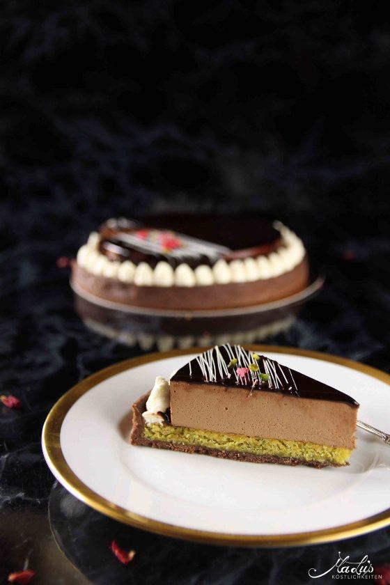 Schokoladentarte mit Pistazie & Kokos