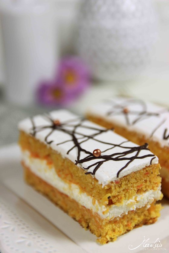 Saftiger Möhrenkuchen mit Quarkfüllung | MaLu's Köstlichkeiten